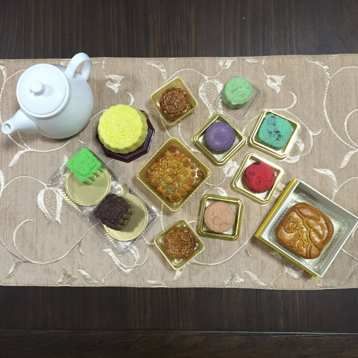 5 Places to Pick Up Halal Mooncakes in Singapore